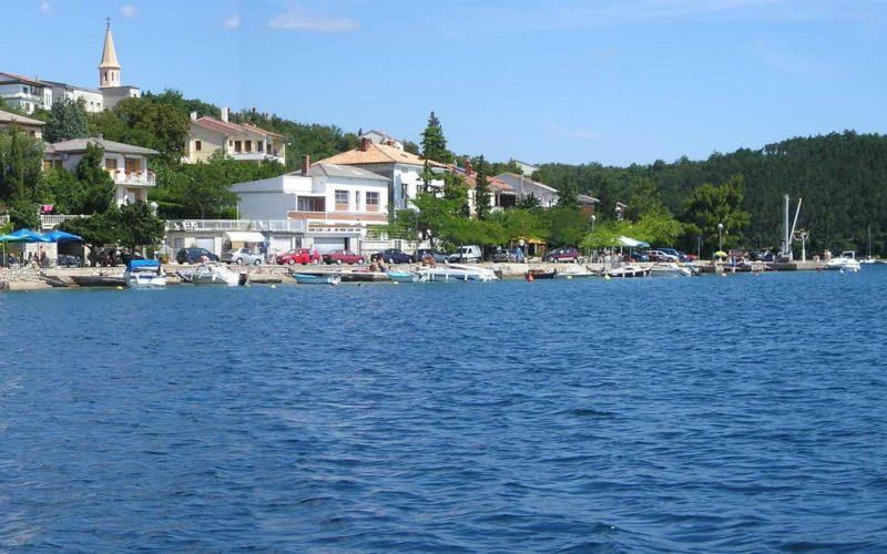 Uživajte u obiteljskom odmoru u Jadranovu…